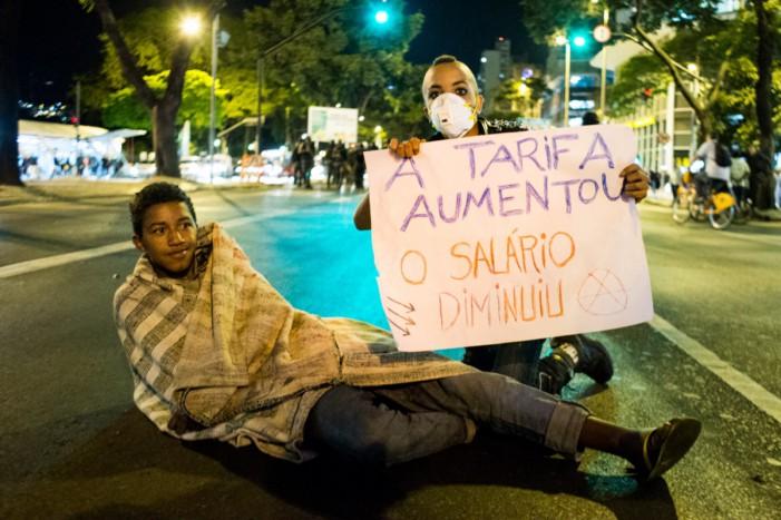 Ato contra tarifa sofre repressão brutal em BH